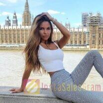 Блогер-актриса живу в Лондоне, и собираю большие охваты, подписчиков 76,3к