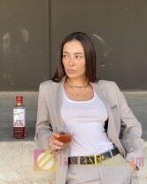 Не актриса, не модель, бизнес-девушка с 332к подписчиков